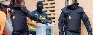 Foto de Violencia, escupitajos y lágrimas: la Guardia Civil exhibe lo vivido el 1-O