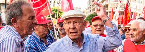 Foto de El verdadero cordón sanitario paraAbascal: no convence a los jubilados