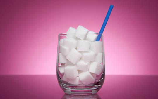 Foto de El lobby médico, contra Sanidad ysu pacto con las bebidas azucaradas