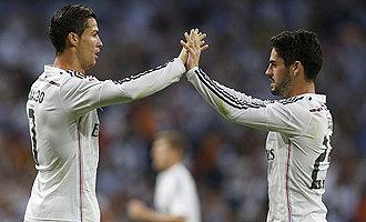 Foto de El Santiago Bernabéu se come a besos a Isco