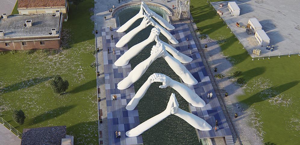 Foto de Lorenzo Quinn construye puentes insólitos para la Bienal de Venecia