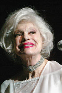 Muere Carol Channing, la erestrella hollywoodense de Hello Dolly