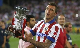 Foto de Mandzukic gana crédito en el Atlético
