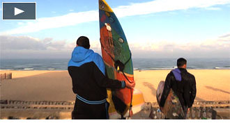 Foto de Surfeandoen la Franja de Gaza