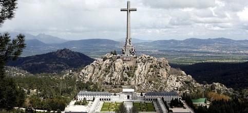 Foto de El Consejo de Ministros aprobará el viernes la exhumación de los restos de Franco