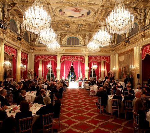 Noticias de famosos casas reales celebrities moda for Cenas francesas