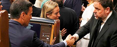Foto de Los independentistas logran la foto con el presidente y el líder de ERC le pide hablar