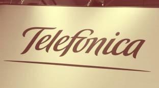 Foto de Telefónica se alía con Amazon para ser su submarino de datos